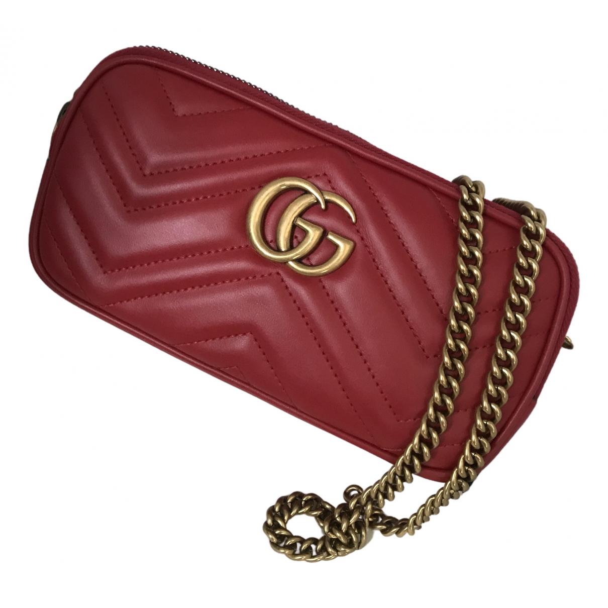 Gucci Marmont Handtasche in  Rot Leder