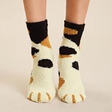 1 Paar grafische flauschige Socken
