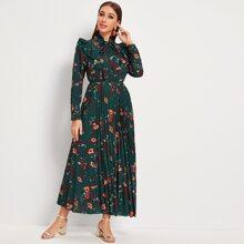 Kleid mit Blumen Muster, Rueschenbesatz und Halsband
