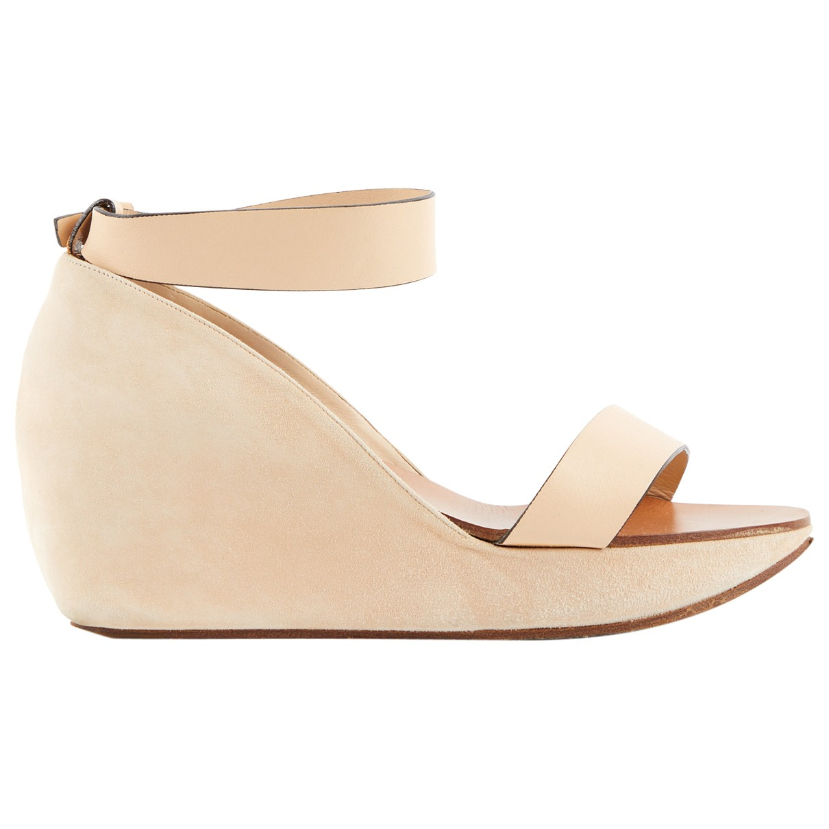 Chloé \N Beige Suede Sandals for Women 38 EU