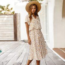 Kleid mit Dalmatiner Muster und halber Knopfleiste