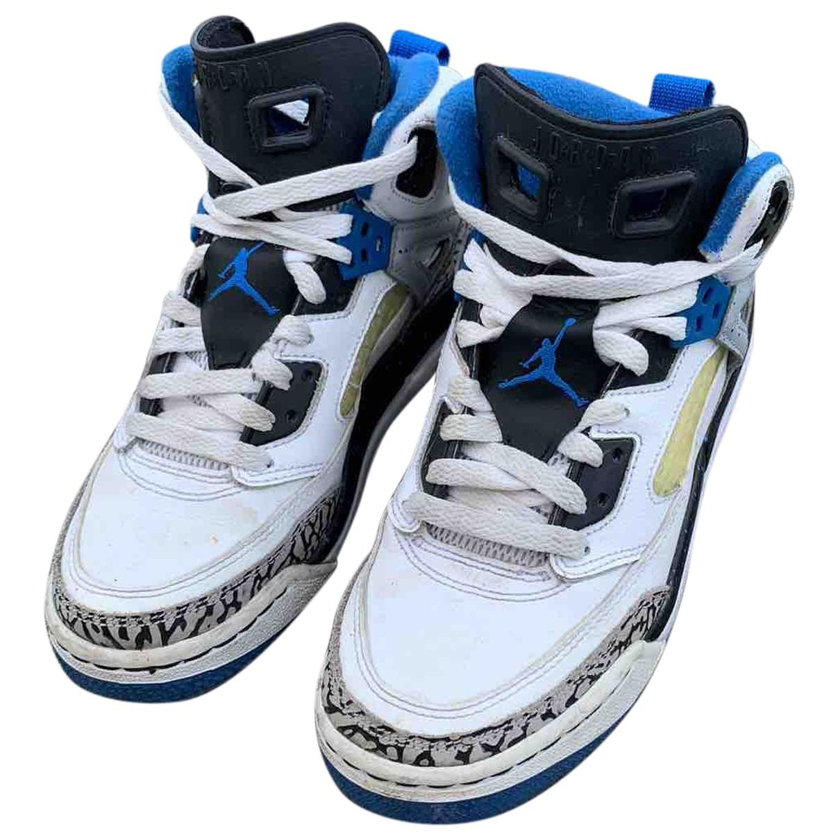 Jordan \N Sneakers in  Weiss Leder