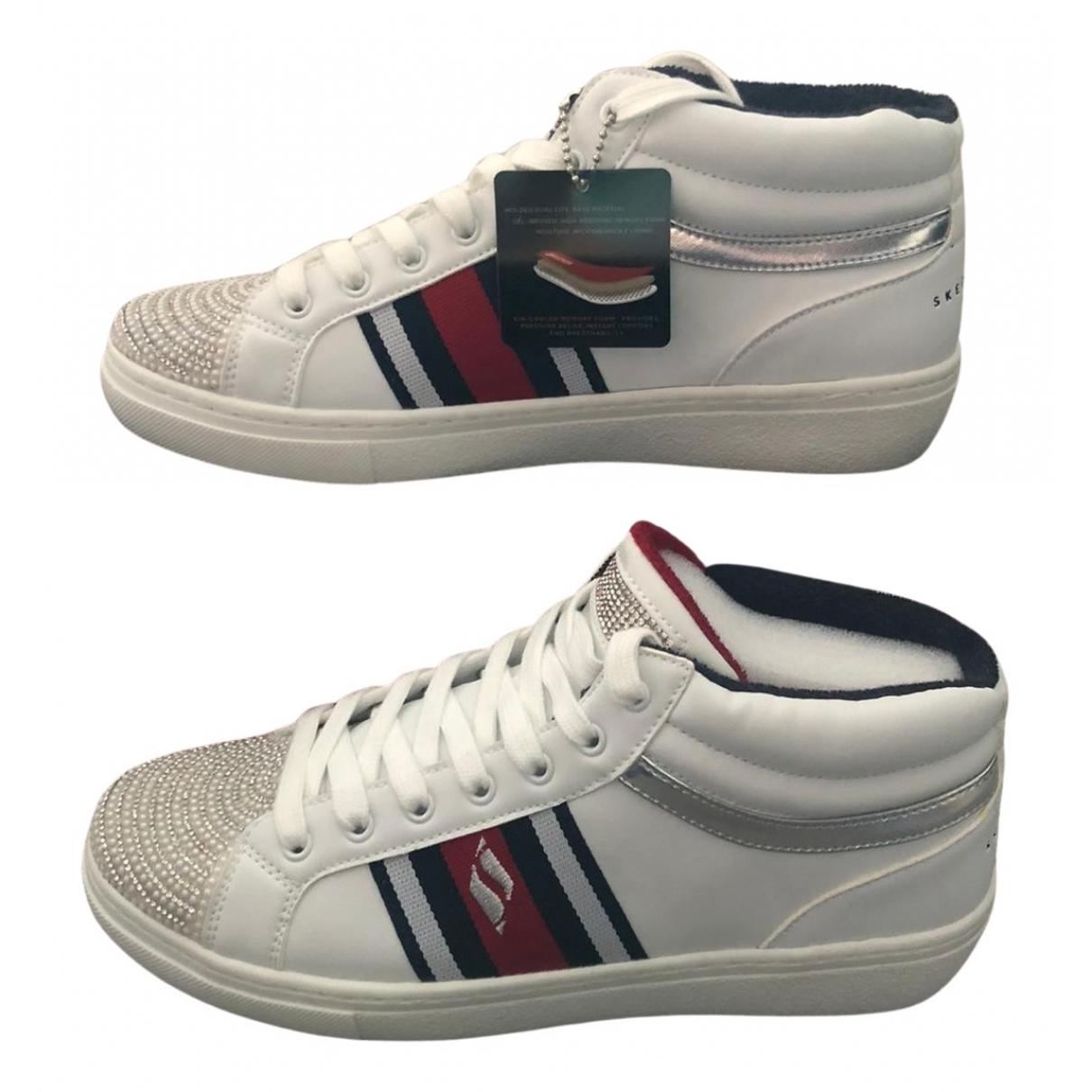 Skechers - Baskets   pour femme en fourrure - blanc