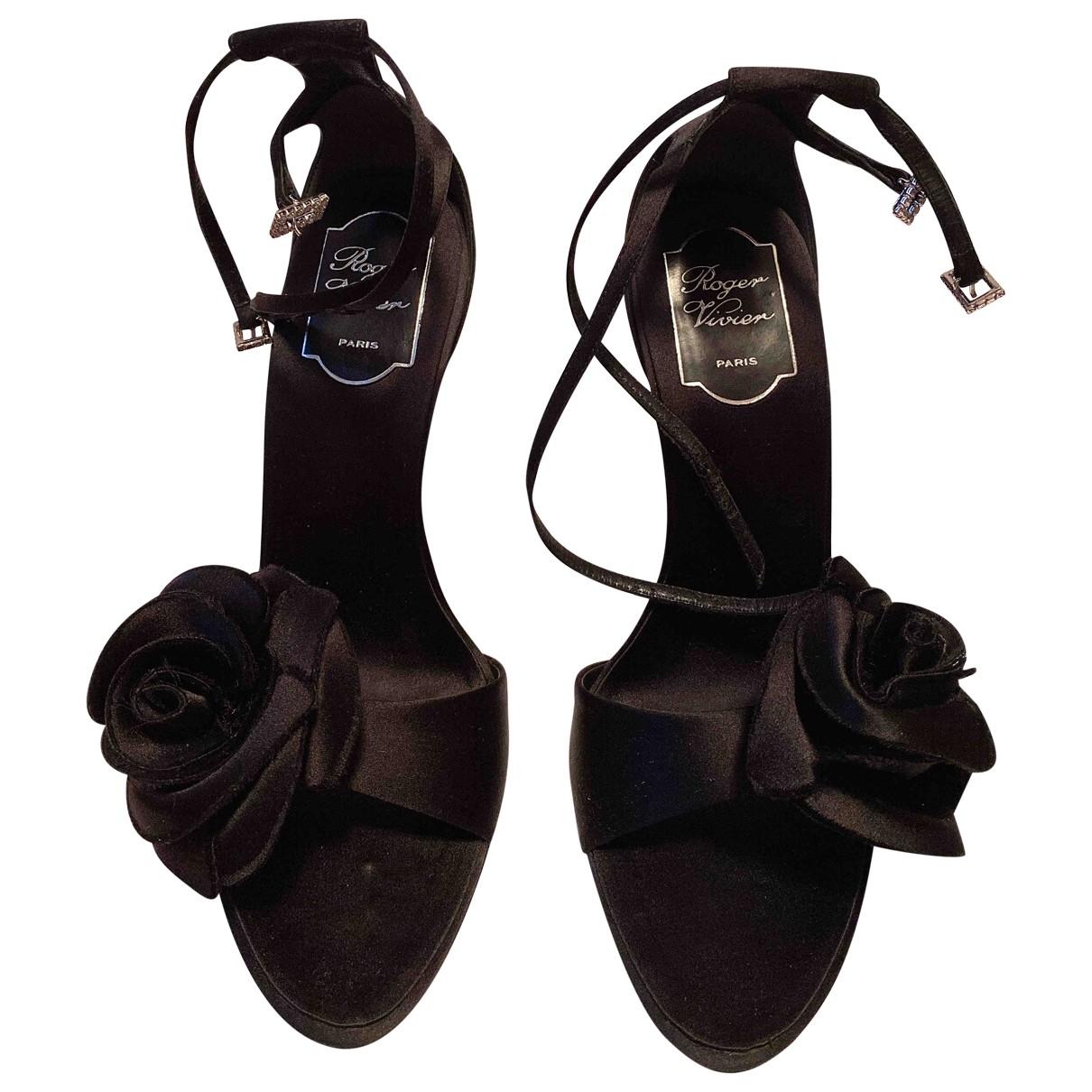Roger Vivier \N Black Cloth Sandals for Women 38.5 EU