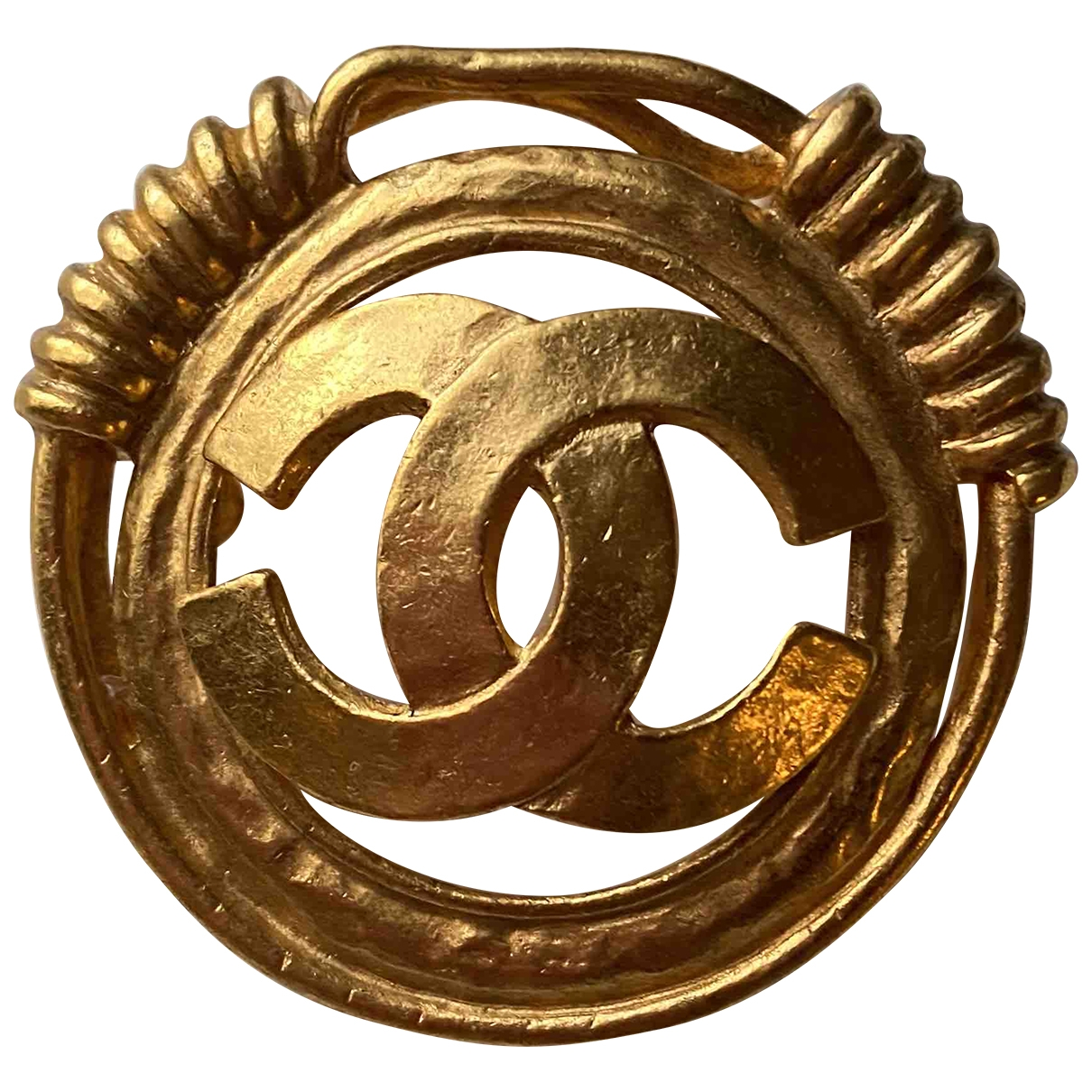 Chanel CC Gold Metal Pins & brooches for Women \N