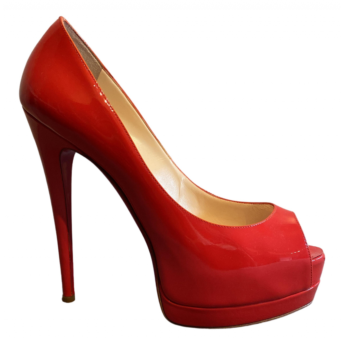 Christian Louboutin Very Prive Pumps in  Rot Lackleder