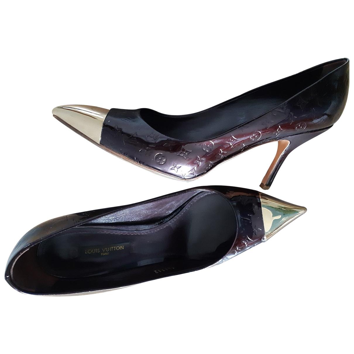 Louis Vuitton - Escarpins   pour femme en cuir verni - bordeaux