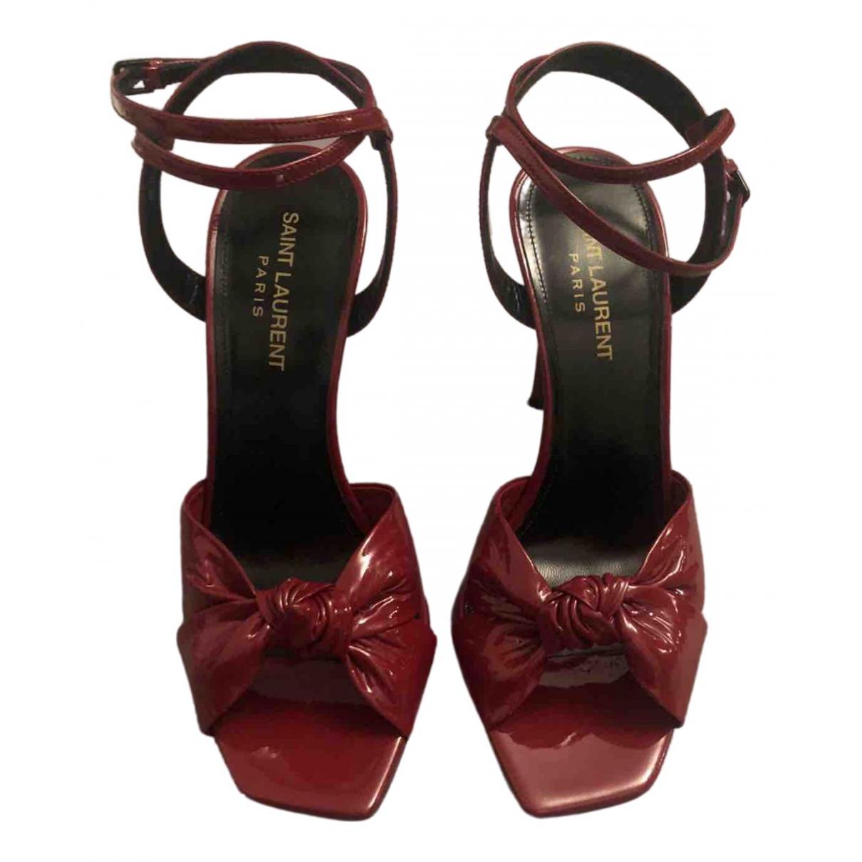 Saint Laurent - Sandales   pour femme en cuir verni - rouge