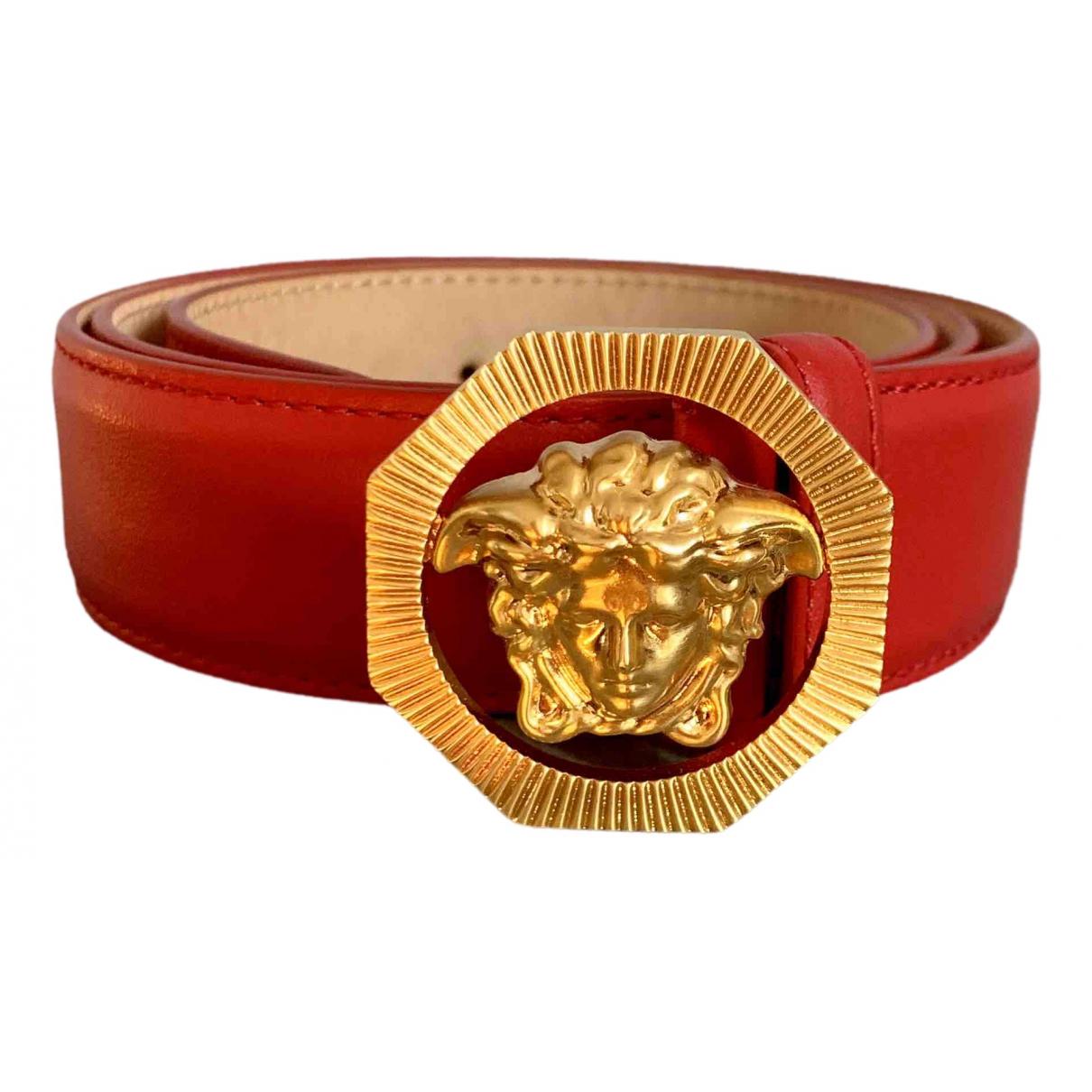 Versace \N Guertel in  Rot Leder