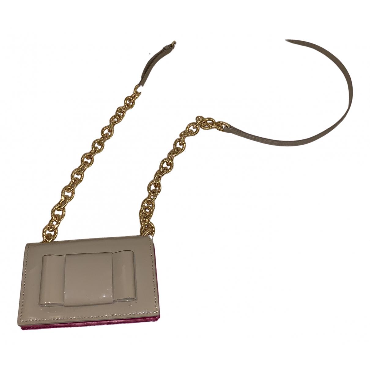 Miu Miu \N Handtasche in  Beige Lackleder