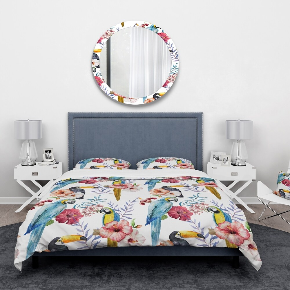 Designart 'Parrots, Hibiscus and Toucan' Animals Bedding Set - Duvet Cover & Shams (Twin Cover + 1 sham (comforter not included))