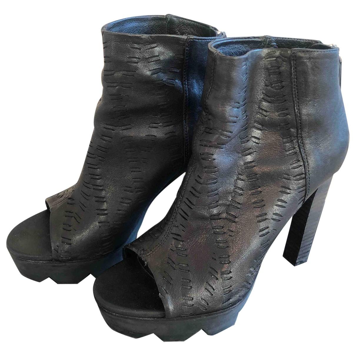 Vic Matie \N Stiefel in  Schwarz Leder