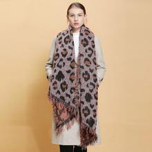 Pañuelo con patron de leopardo