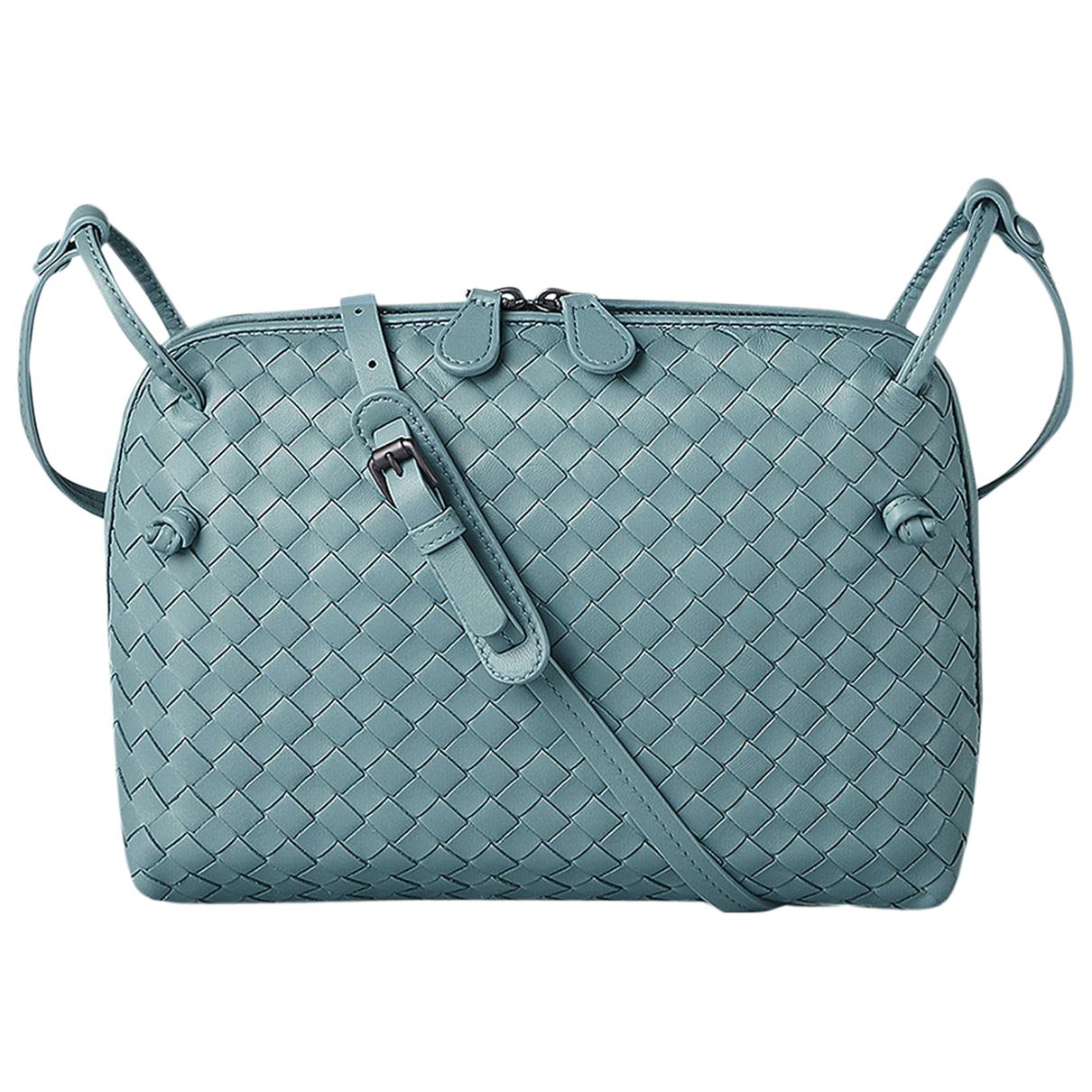 Bottega Veneta Nodini Handtasche in  Blau Leder