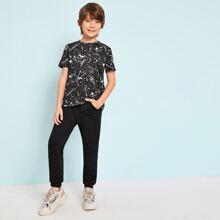 Conjunto de niños camiseta con estampado de salpicar con pantalones deportivos