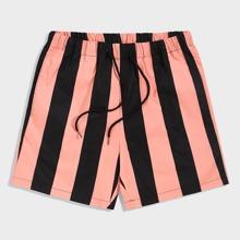 Shorts de hombres de rayas de dos colores de cintura con cordon