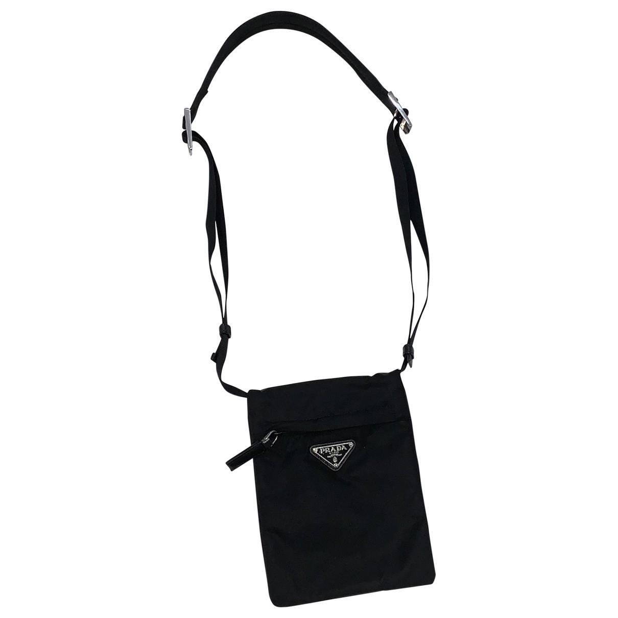 Prada \N Taschen in  Schwarz Leinen