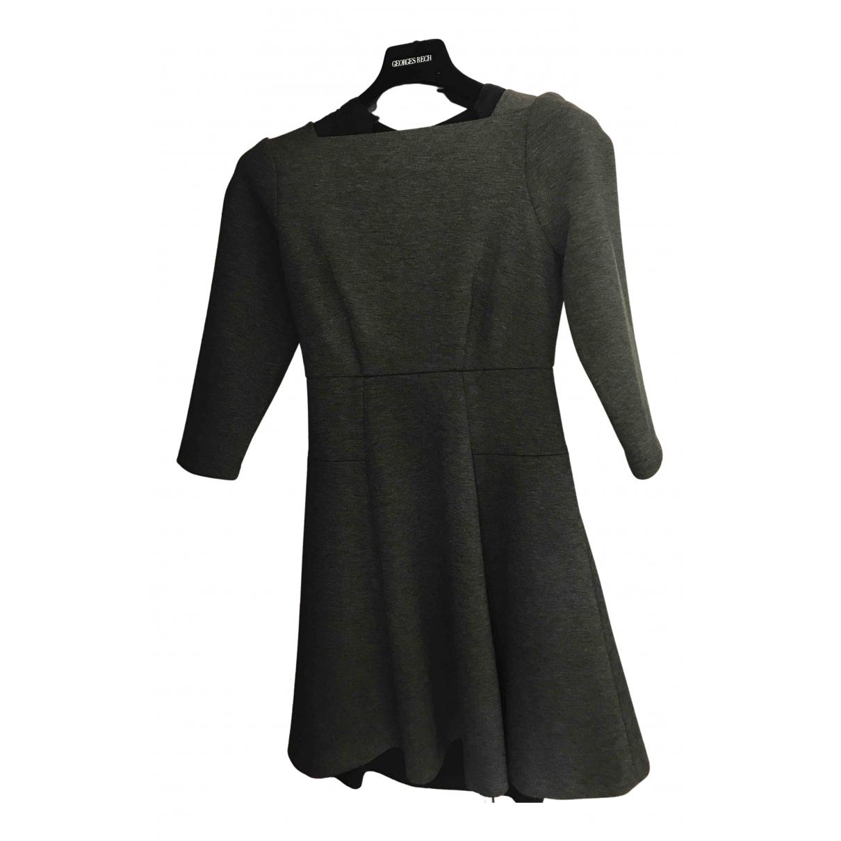 Tara Jarmon \N Kleid in  Anthrazit Polyester