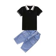 Polo Shirt mit Farbblock & Jeans