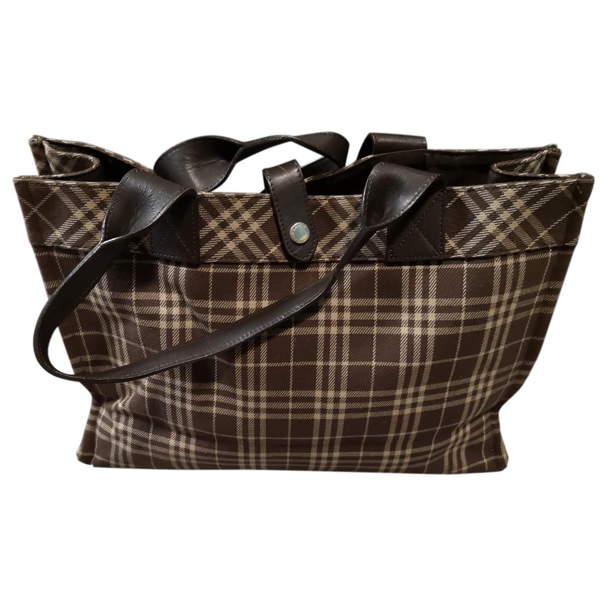 Burberry \N Handtasche in  Braun Baumwolle
