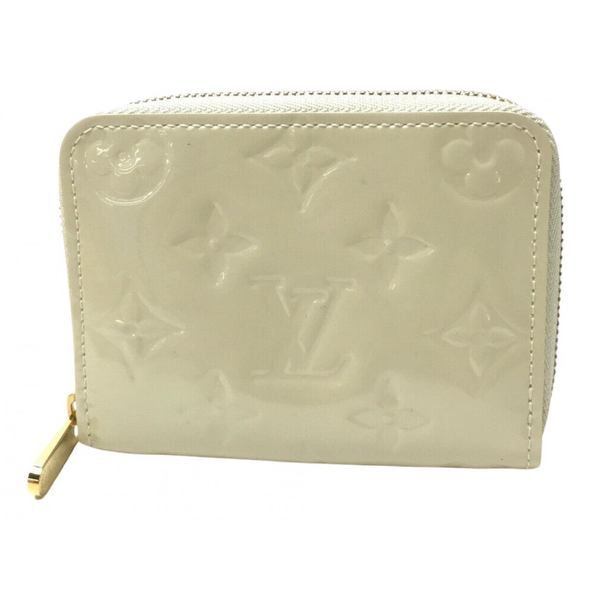 Louis Vuitton - Portefeuille Zippy pour femme en cuir verni - ecru