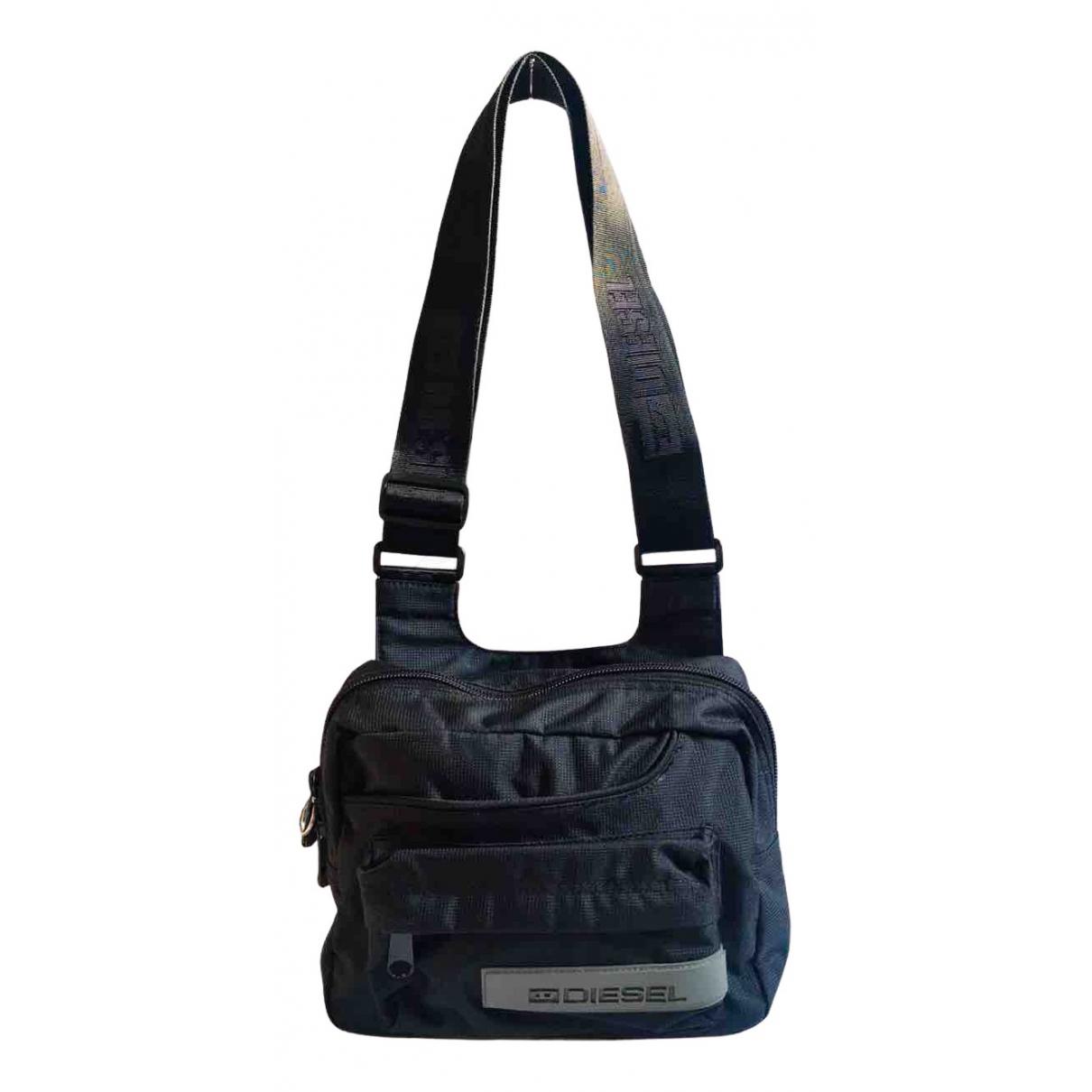 Diesel \N Handtasche in  Schwarz Synthetik