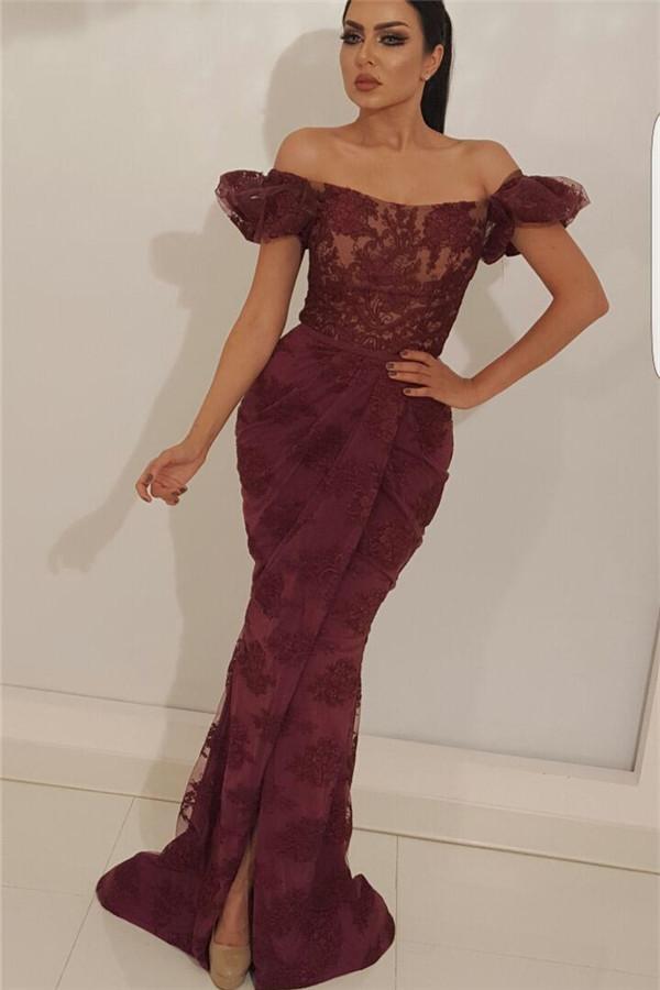 Glamoroso fuera del hombro vestido de fiesta de encaje   Vestido de fiesta largo con corte sirena y abertura delantera