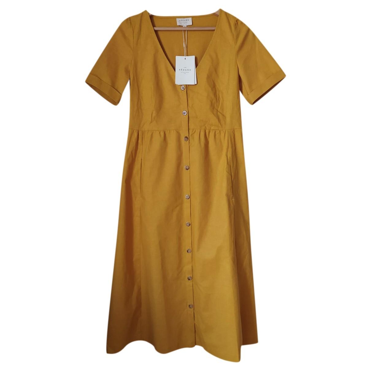 Sezane Spring Summer 2019 Kleid in  Orange Leinen