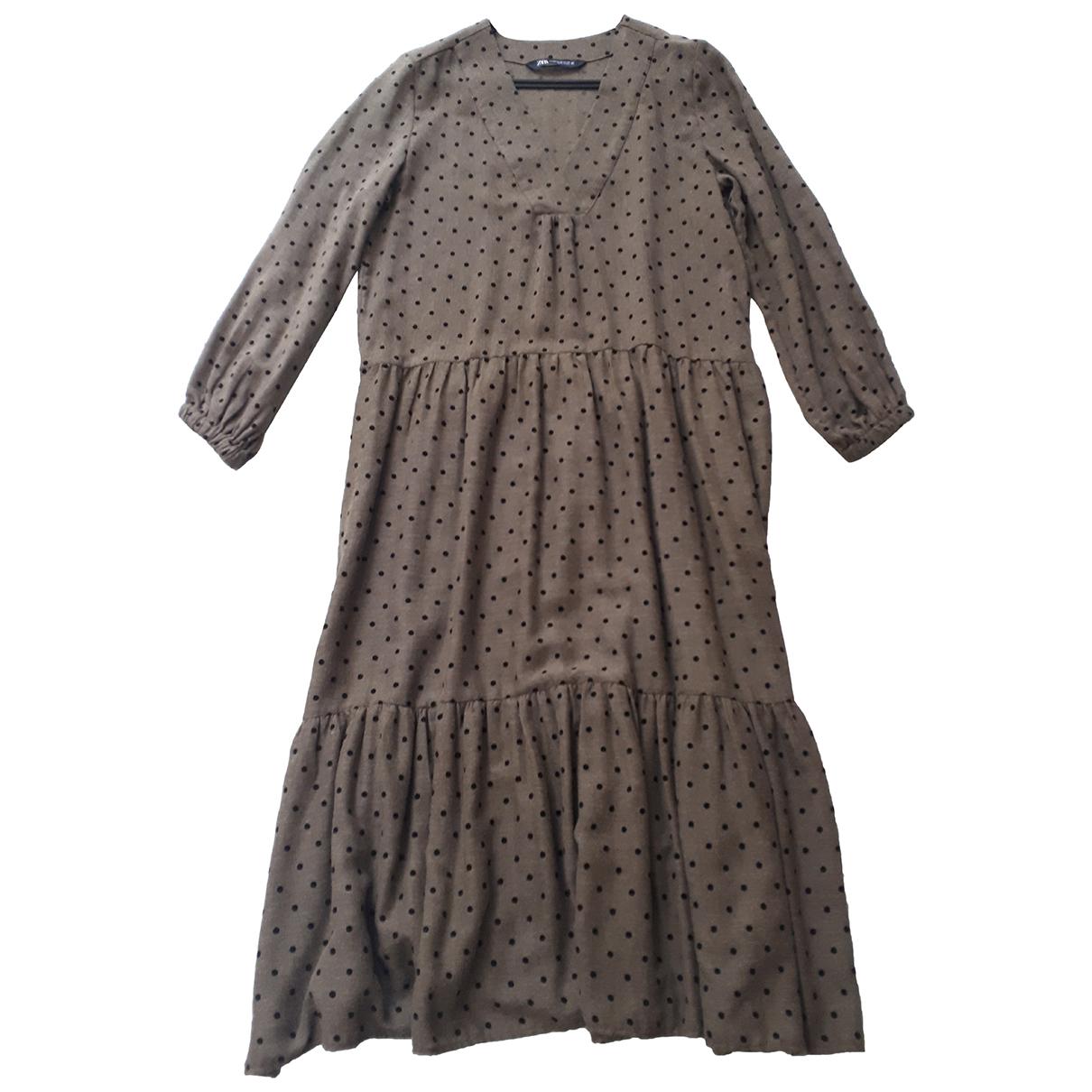 Zara \N Kleid in  Khaki Synthetik
