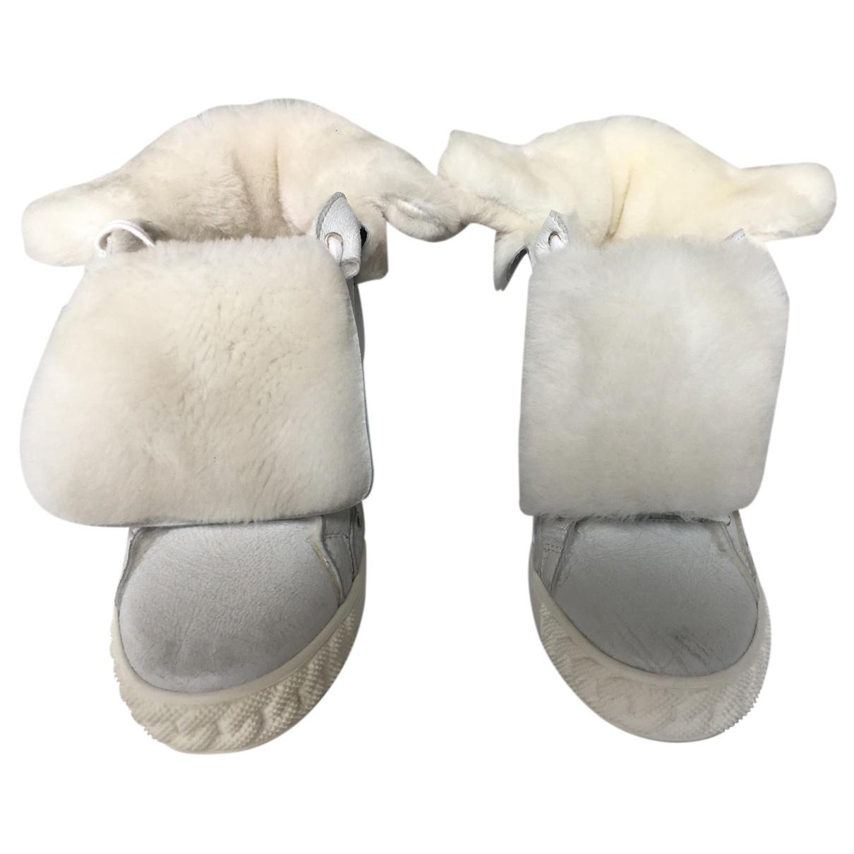 Casadei - Baskets   pour femme en fourrure - blanc