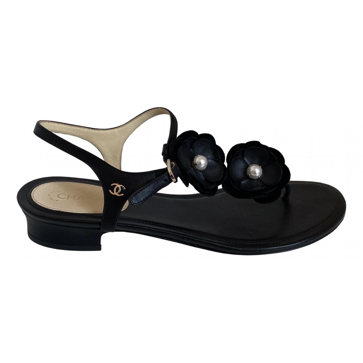 Chanel \N Sandalen in  Schwarz Leder