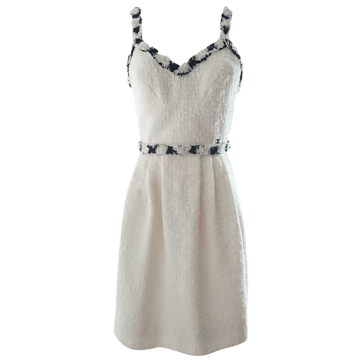 Chanel - Robe   pour femme en tweed - blanc