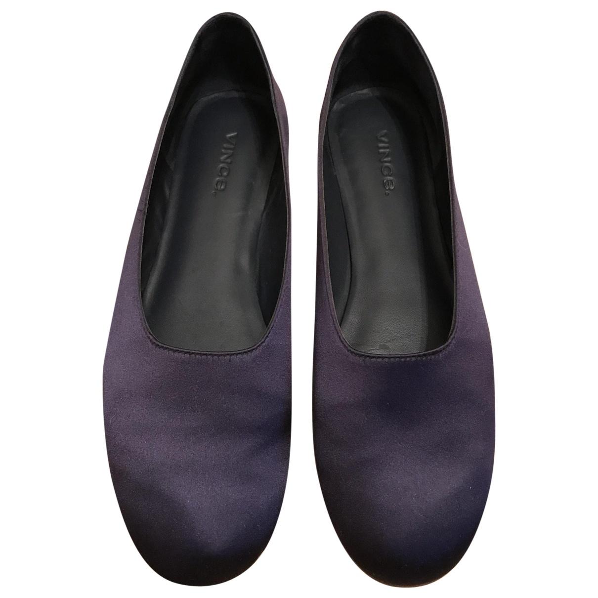 Vince \N Navy Cloth Ballet flats for Women 36.5 EU