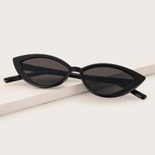Gafas de sol de ojo de gato de marco transparente