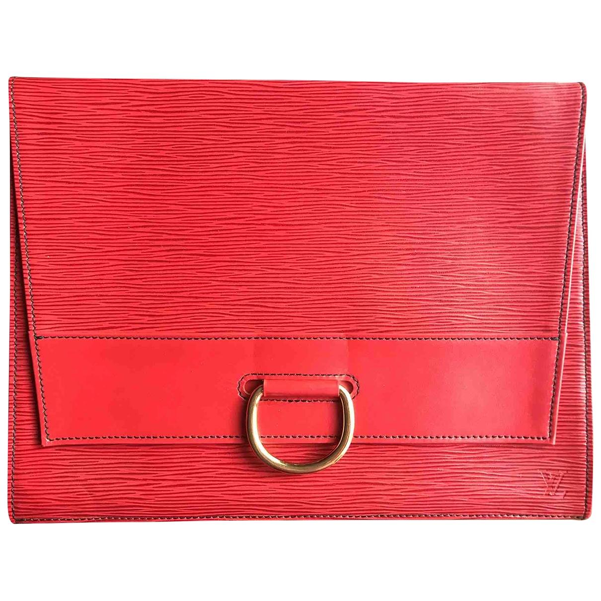 Louis Vuitton \N Clutch in  Rot Leder