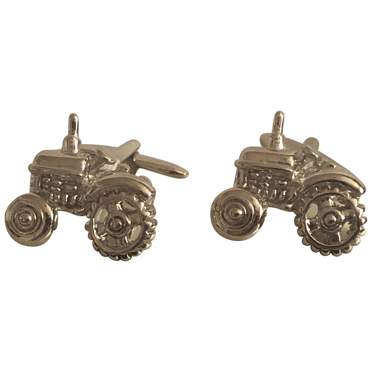 Non Signé / Unsigned \N Silver Metal Cufflinks for Men \N