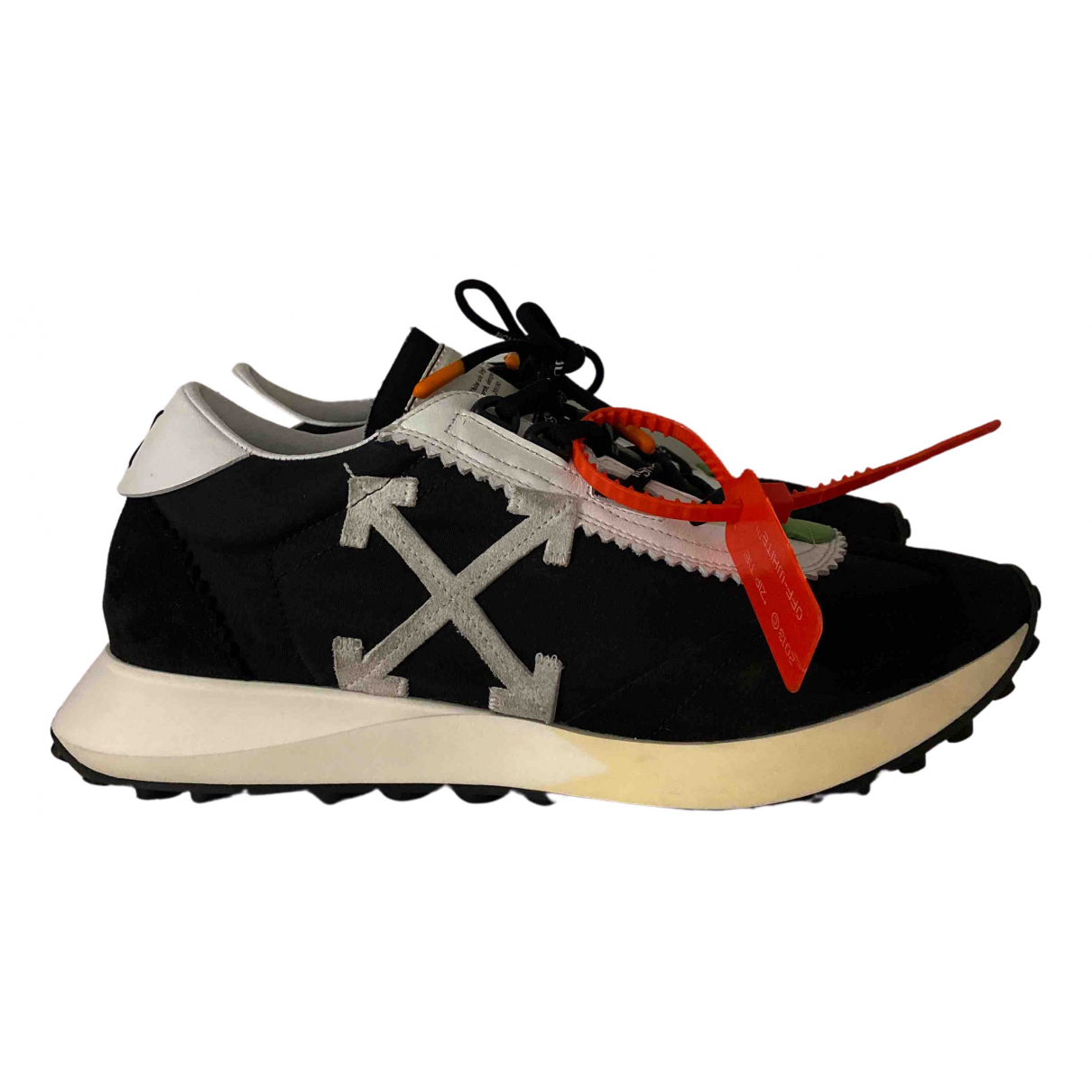 Off-white Running Sneakers in  Schwarz Veloursleder