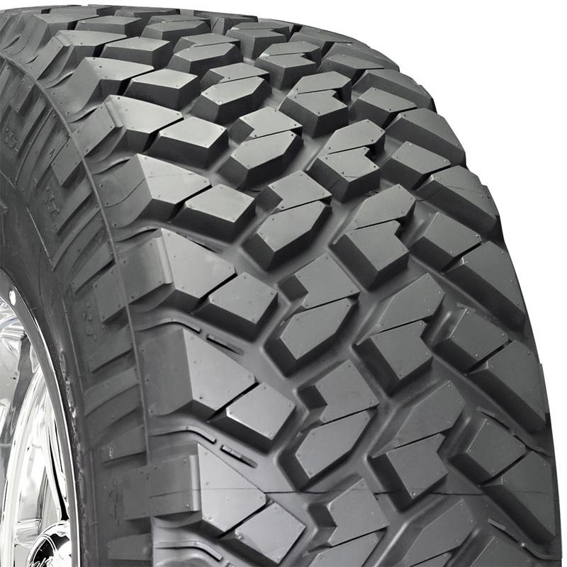 Nitto 205740 Trail Grappler M/T Tire LT285 /65 R18 125Q E1 BSW