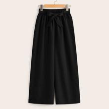 Hosen mit weitem Beinschnitt und Tailleband