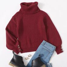 Pullover mit Knopfen, Manschetten und Rollkragen