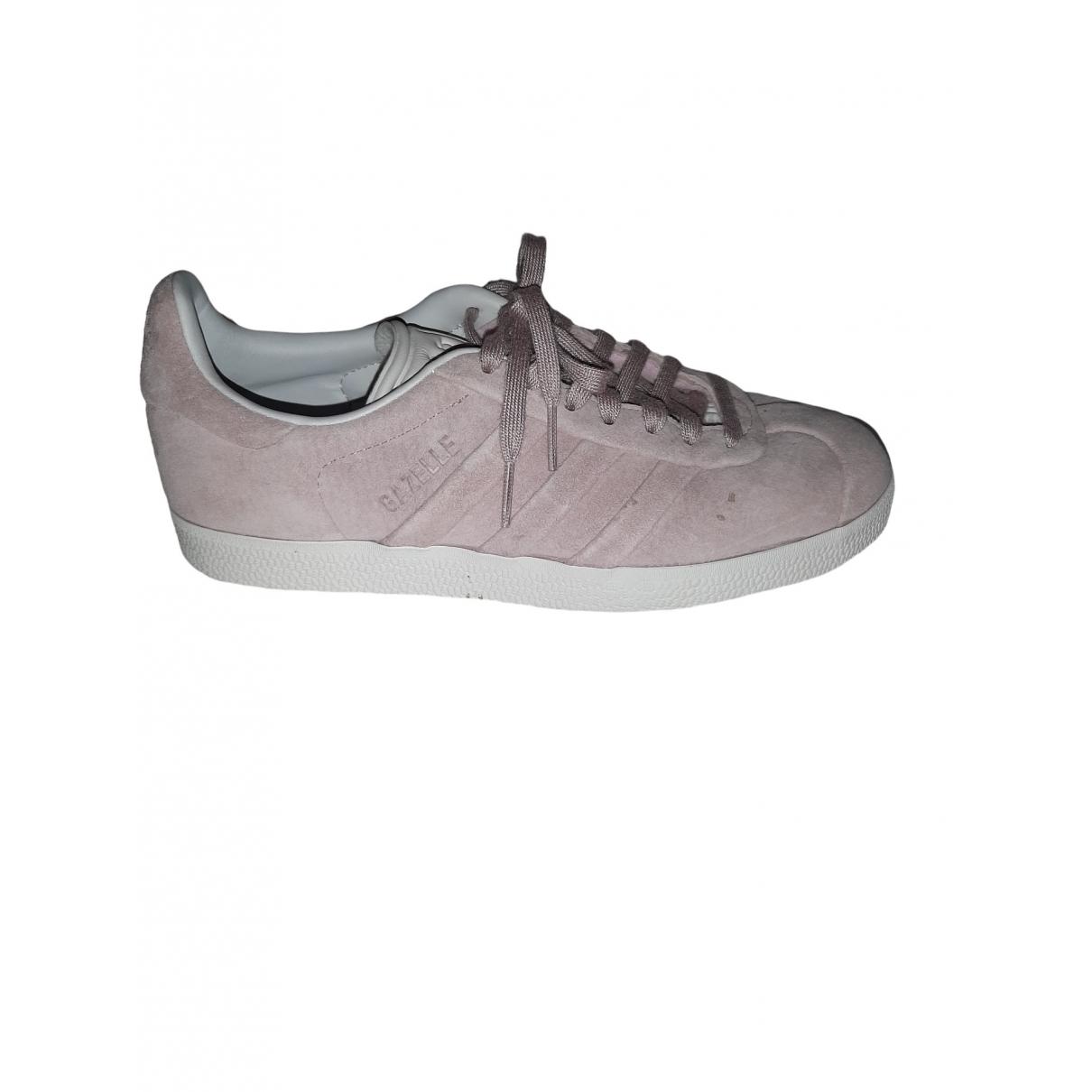 Adidas Gazelle Sneakers in  Lila Leder