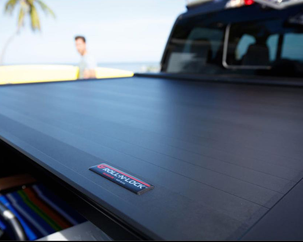 Roll-N-Lock RC507E 05-15 Toyota Tacoma Double Cab 59-1/2in E-Series Retractable Tonneau Cover