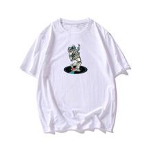 Camiseta con estampado de astronauta