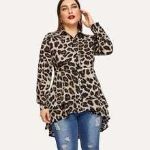 Bluse mit Leopard Muster und Stufensaum