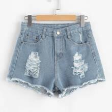 Ungesaeumte Jeans Shorts mit Rissen