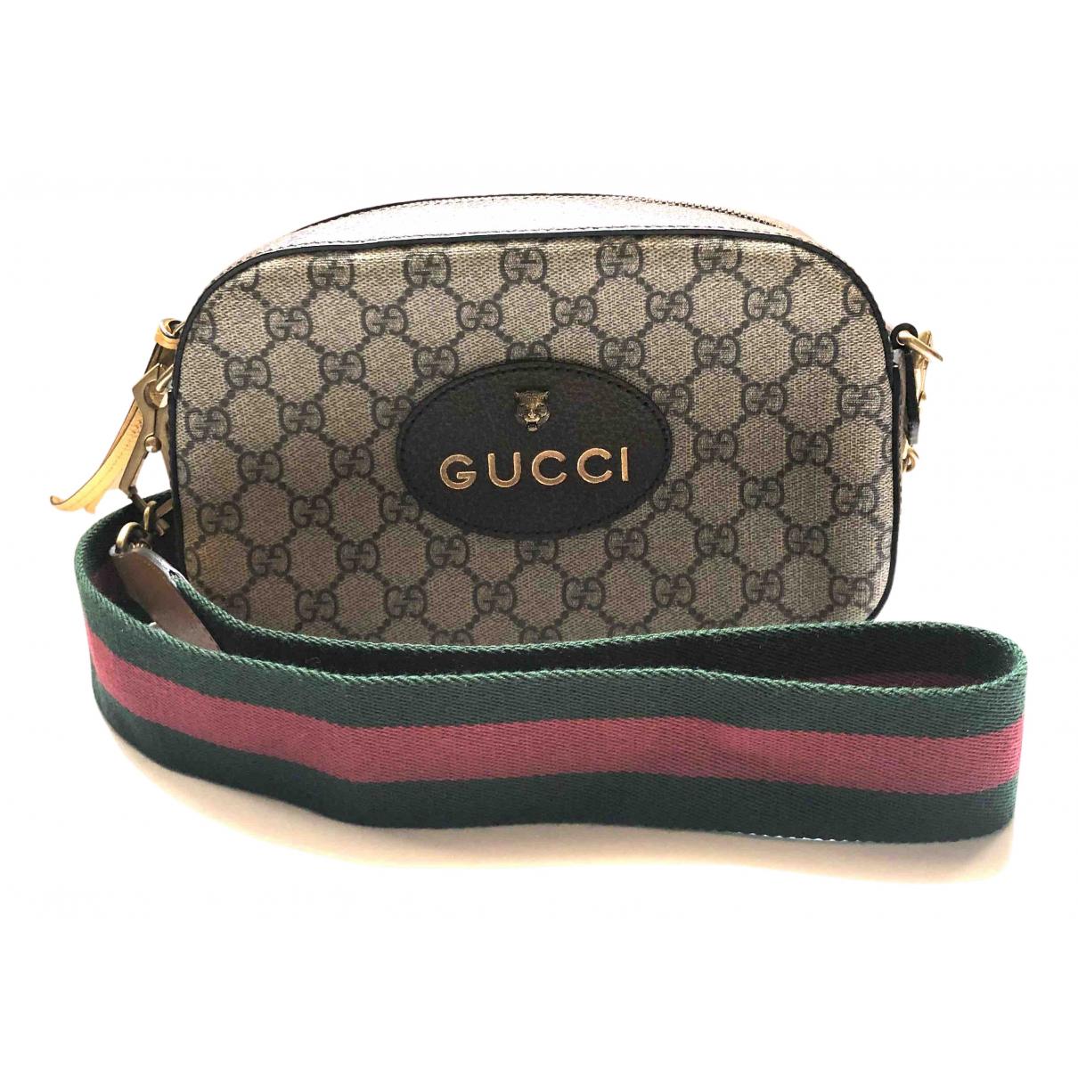 Gucci \N Clutch in  Beige Leinen