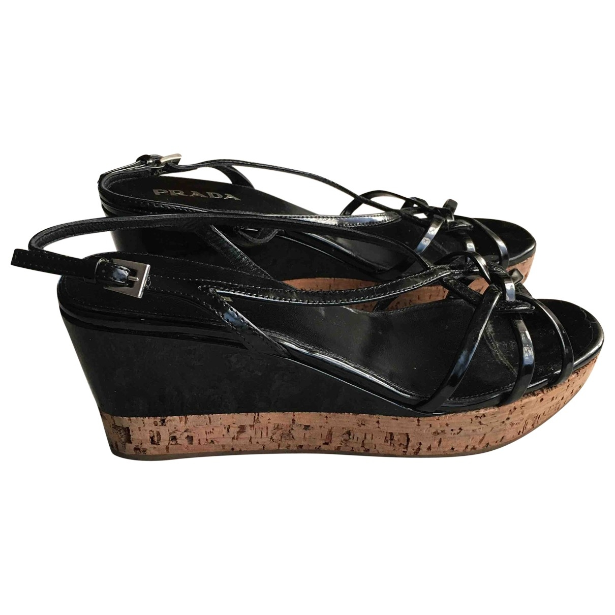 Prada \N Sandalen in  Schwarz Lackleder