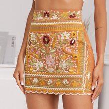 Falda con bordado tribal bajo en abanico