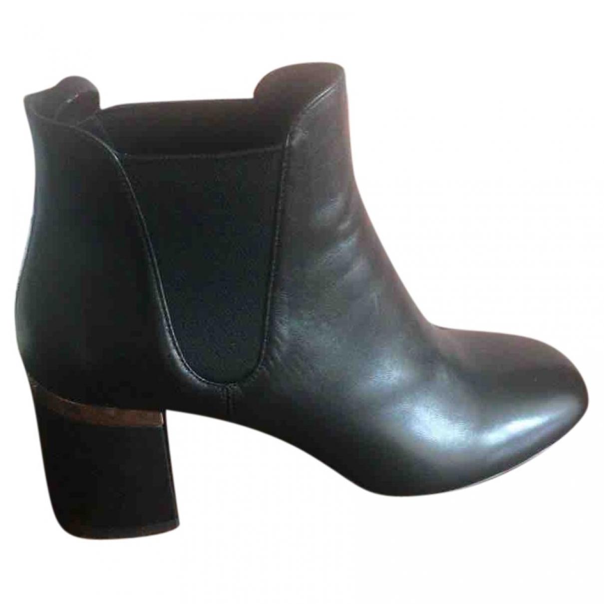 Miu Miu \N Black Leather Ankle boots for Women 36 EU