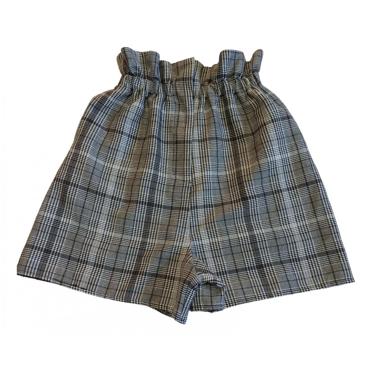 Asos \N Shorts in  Grau Polyester